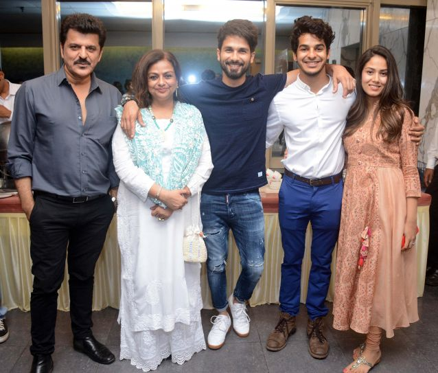 Ishaan Khatter with family