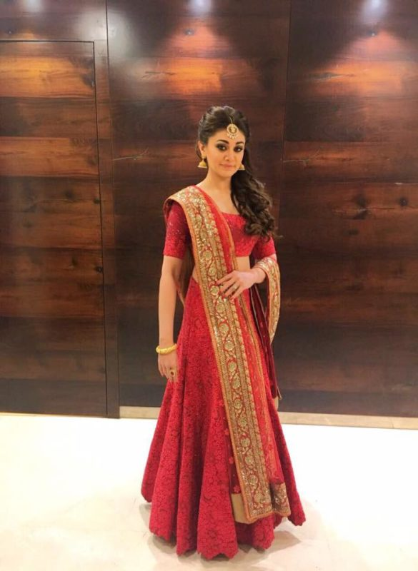 Shefali Zariwala Looking Beautiful in this Red Outfit