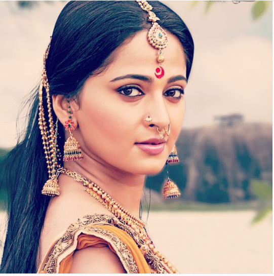 Anushka Shetty Wiki, Globally Renowned Baahubali Actress