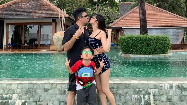 Divya Khosla Kumar With Family
