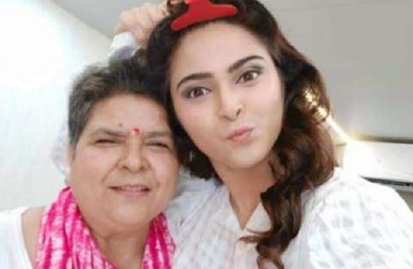Madhurima Tuli with her mother Vijaya Tuli