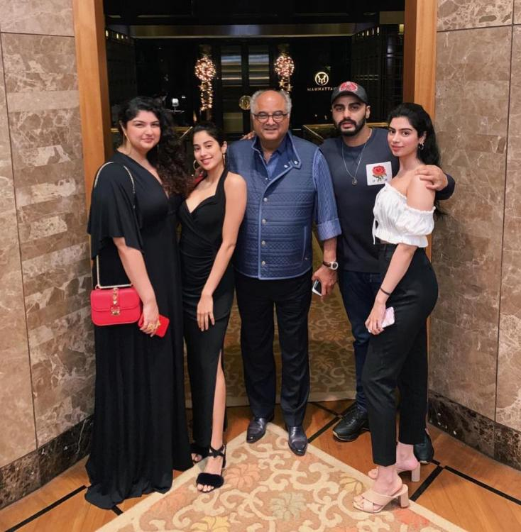 Anshula Kapoor with father Boney Kapoor, brother Arjun Kapoor and step-sisters Janhvi and Khushi Kapoor