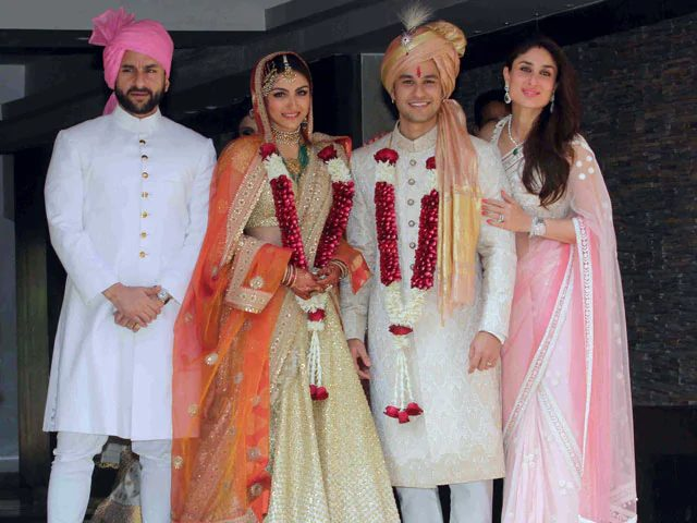 Kunal Khemu with Soha, Saif Ali Khan & Kareena Kapoor