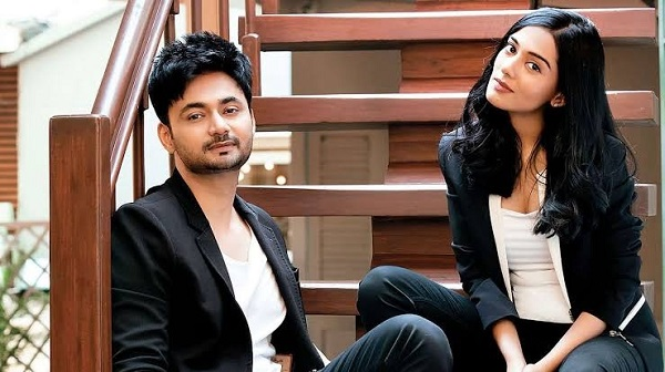 Amrita Rao with her husband RJ Anmol Sood